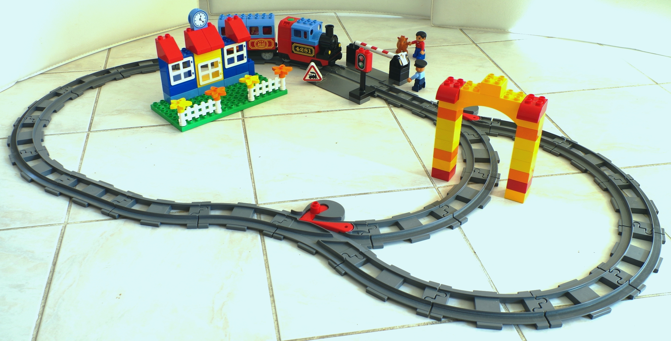 Construction Jeux De Trains Lego Duplo on simple d c circuit